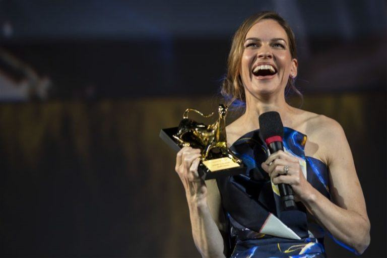 hilary swank leopard award
