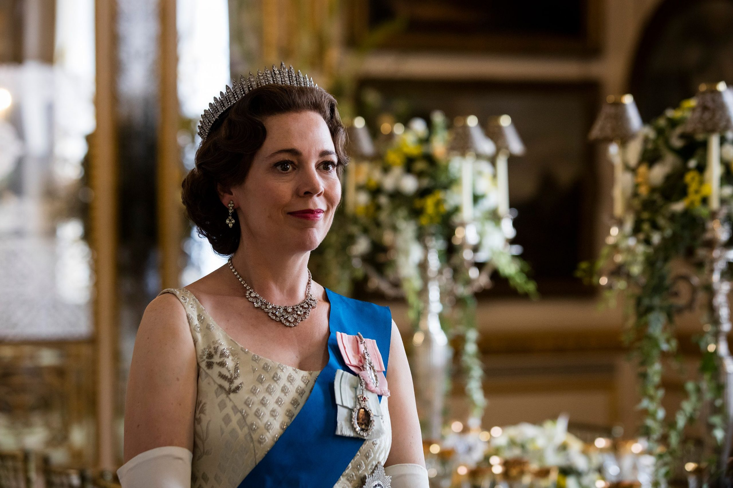 The Crown_Olivia Colman_iCrewPlay