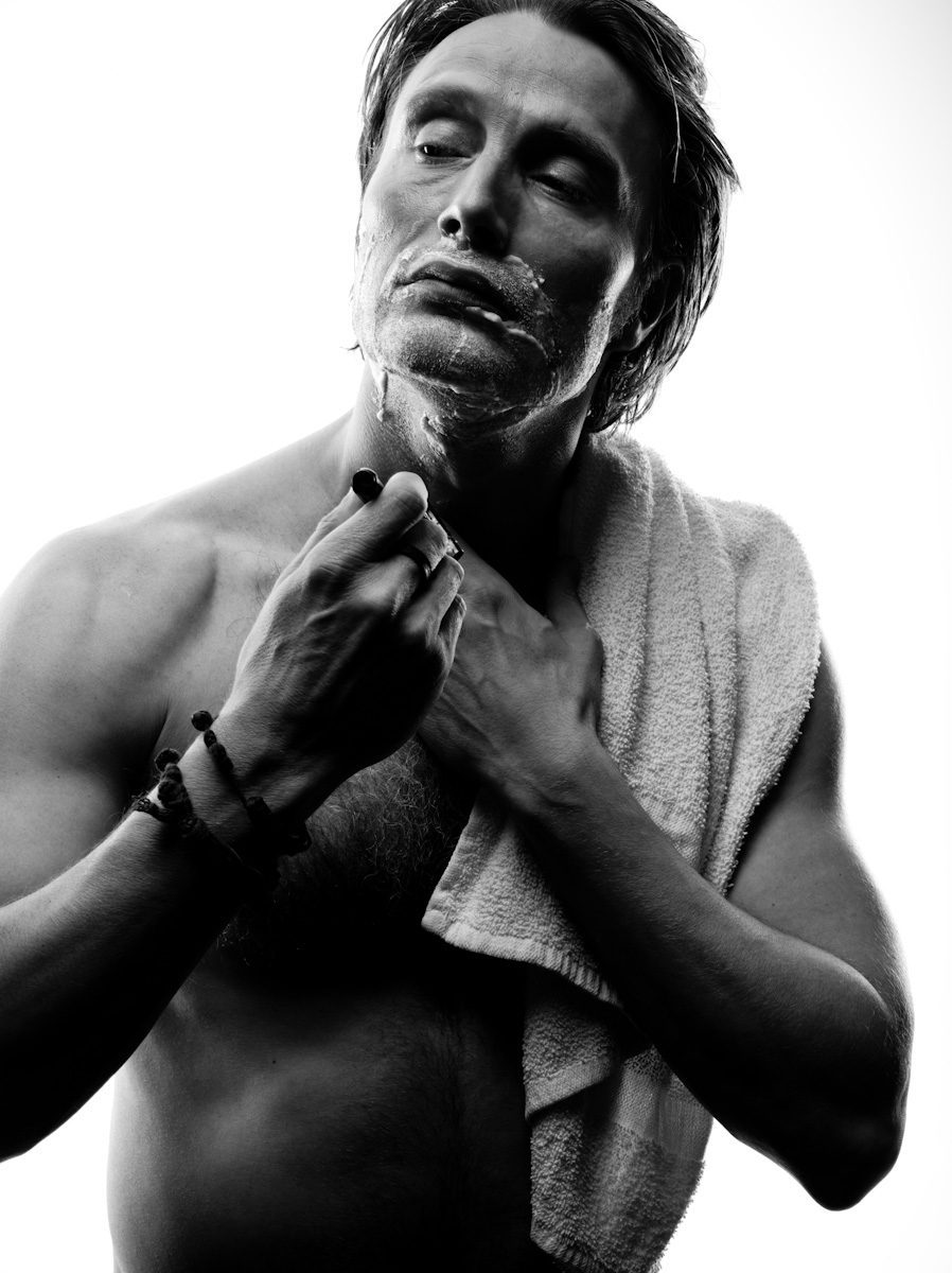 kenneth willardt mads mikkelsen